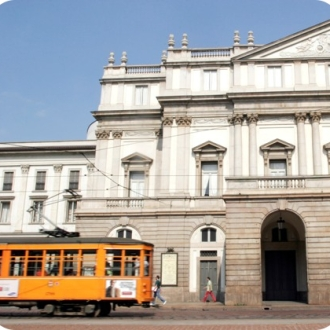 Tram in front of La Scala