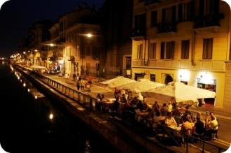 Navigli scene at night