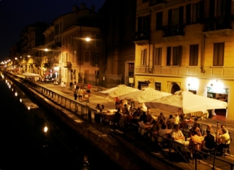 Navigli scene at night